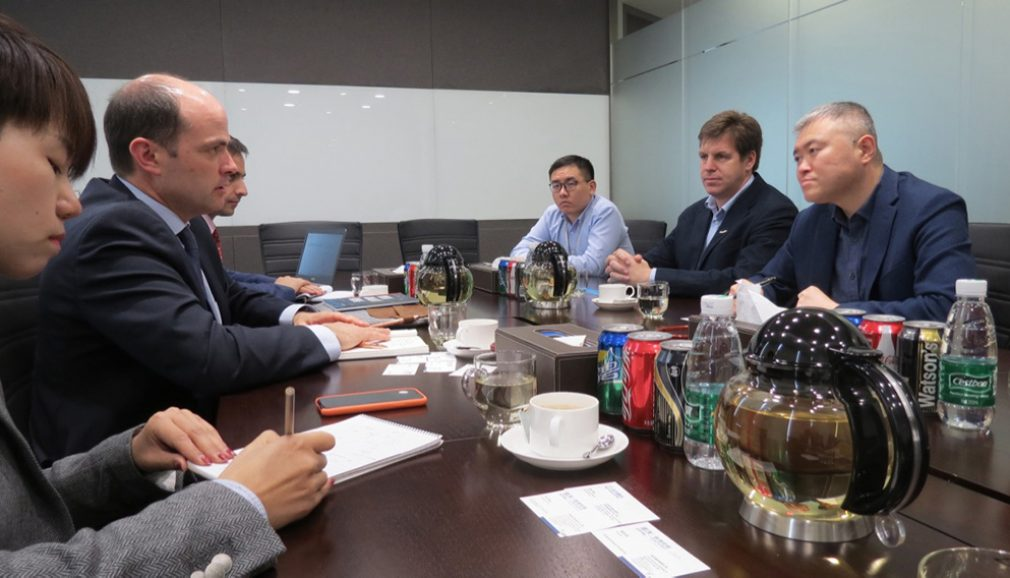 Director of InvestChile meets with Chinese technology, food